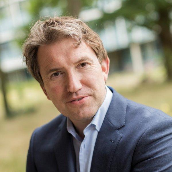 Erik Oostwegel
